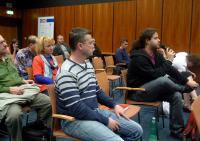 Otázky z publika v navazující diskuzi.
