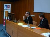 Benjamin Frommer svou přednášku i následnou diskuzi zvládal v obdivuhodné češtině.