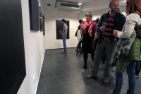 Nekřič na tmu - výstava Pavla Alberta / grafické práce