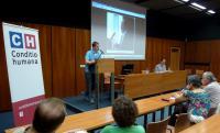 Dr. Otfrida Pustejovského představil Adrian von Arburg z Conditio humana o.s. a přednášku za onemocnělého pana Pustejovského četli pánové Jiří Dufka a Jan Rybnikář.